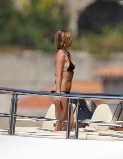 Gwyneth Paltrow en Bikini [1200x1545] [245.05 kb]