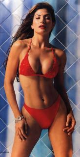 Patricia Manterola en Maxim [625x1213] [92.9 kb]