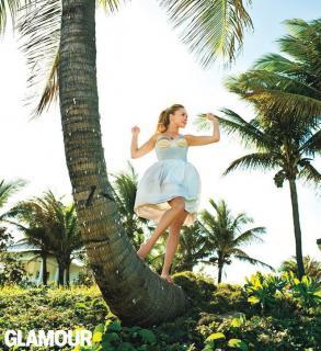 Hayden Panettiere en Glamour [663x724] [126.07 kb]