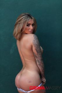 Gemma Massey [2000x3000] [478.33 kb]