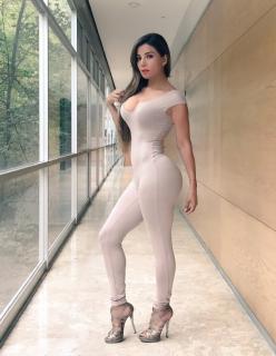 Aleida Núñez [597x768] [90.03 kb]
