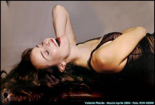 Violante Placido in Playboy [980x666] [70.02 kb]