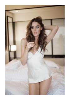 Nicole Trunfio [800x1140] [60.48 kb]