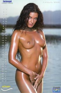 Alessia Merz in Calendario 2005 Nude [850x1287] [112.88 kb]