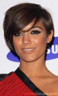 Frankie Bridge [500x833] [64.03 kb]