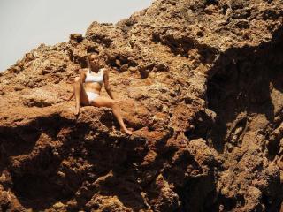 Silvia Alonso en Bikini [1080x810] [347.96 kb]