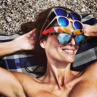 Elia Galera en Bikini [640x640] [121.66 kb]