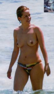 María Adánez en Topless [515x892] [50.7 kb]