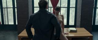 Jennifer Lawrence en Gorrion Rojo Desnuda [1920x800] [248.45 kb]