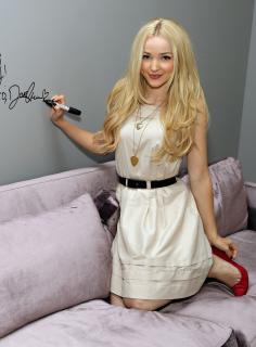 Dove Cameron [1200x1625] [287.64 kb]