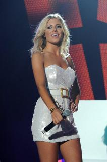 Mollie King [795x1200] [152.47 kb]