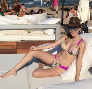 Priscila Hernández en Bikini [622x607] [86.06 kb]