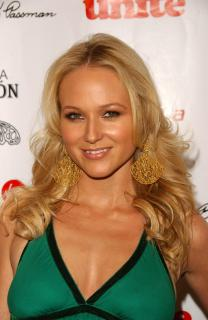 Jewel Kilcher [1960x3008] [499.15 kb]
