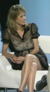 Emma Suárez [244x450] [13.63 kb]