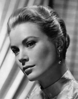 Grace Kelly [477x600] [38.32 kb]