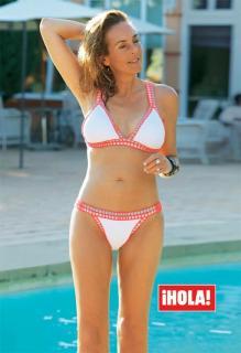 Rocío Carrasco en Bikini [584x850] [73.96 kb]