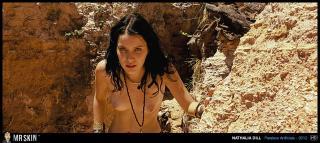Nathalia Dill en Paraisos Artificiais Desnuda [1270x570] [314.88 kb]