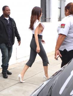 Selena Gomez Desnuda [1974x2581] [499.51 kb]