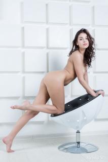 Evita Lima en desnuda [799x1200] [96.83 kb]