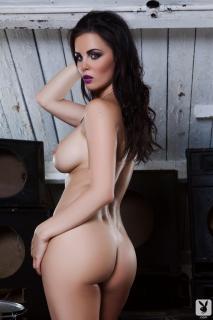 Emma Glover en Playboy Desnuda [1000x1500] [169.66 kb]