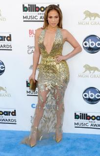 Jennifer Lopez [1913x3000] [621.8 kb]