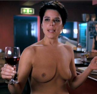 Neve Campbell Nude [815x793] [53.04 kb]
