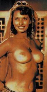 Sophia Loren [247x479] [21.4 kb]