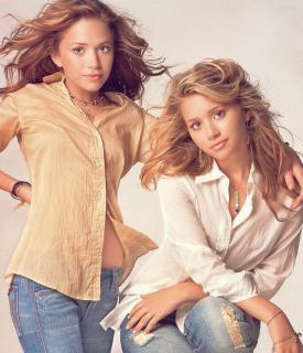 Mary-Kate y Ashley Olsen [1448x1680] [557.85 kb]