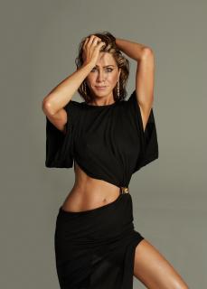 Jennifer Aniston [1500x2087] [166.33 kb]