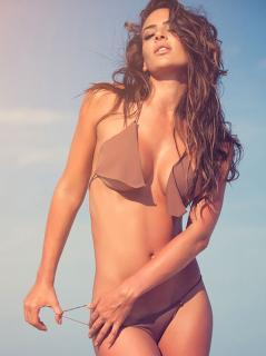 Natalia Vélez [640x855] [95.74 kb]