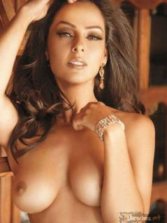 Andrea García en Playboy [961x1284] [114.24 kb]