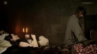 Katie McGrath en Labyrinth Desnuda [1280x720] [57.61 kb]