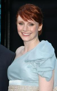 Bryce Dallas Howard [347x550] [34.3 kb]