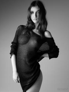 Paula Bulczynska en Treats! Magazine Desnuda [1080x1439] [340.5 kb]