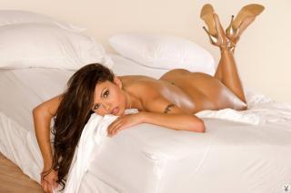 Krystle Lina en Playboy Desnuda [1024x683] [101.26 kb]