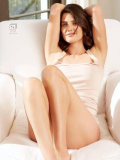 Cobie Smulders en Esquire [768x1024] [51.63 kb]