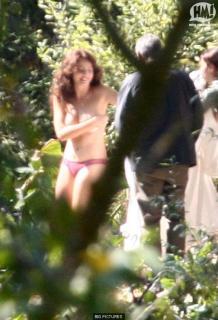 Violante Placido in El Americano Nude [586x859] [77.31 kb]