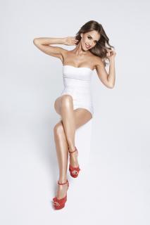 Jessica Alba [1366x2048] [168.07 kb]