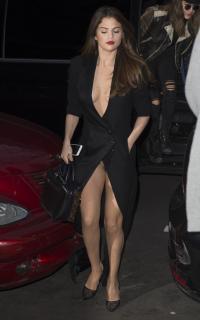 Selena Gomez [2795x4465] [1683.7 kb]