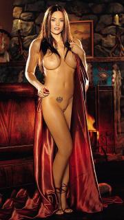 Aliya Wolf en Playboy [450x800] [72.36 kb]