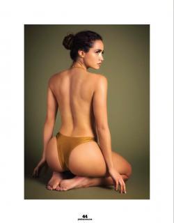 Renée Valeria en Playboy [1269x1618] [139.05 kb]