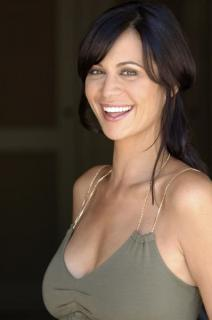 Catherine Bell [398x600] [25.23 kb]