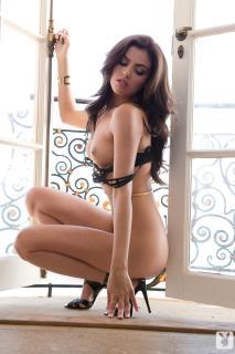 Val Keil en Playboy Desnuda [1067x1600] [222.7 kb]