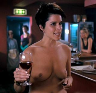 Neve Campbell Nude [815x793] [52.88 kb]