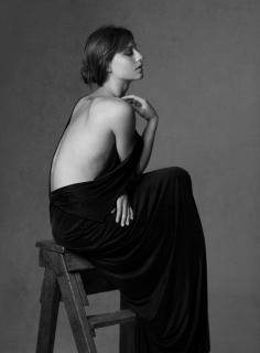 Michelle Jenner en Vim Magazine [1052x1424] [197.2 kb]