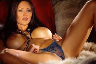 Aliya Wolf en Playboy [800x530] [62.55 kb]