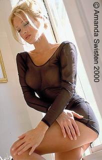 Amanda Swisten [375x585] [40.64 kb]