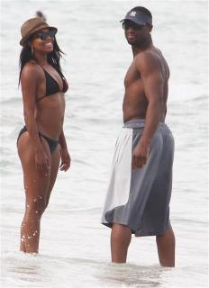 Gabrielle Union en Bikini [872x1200] [84.71 kb]