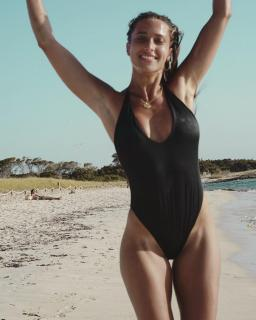 Corina Randazzo [1080x1350] [187.26 kb]