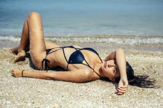 Albania Sagarra in Bikini [1080x718] [189.83 kb]